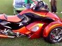 庞巴迪 Can-Am Spyder三轮摩托霸王