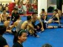上海国际级搏击教练李峰讲解地面格斗(拍摄于上海拳霸泰拳馆闸北馆)