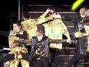 20131109-Teen Top来台开唱 忘情扭屁粉丝嗨翻(No Logo)