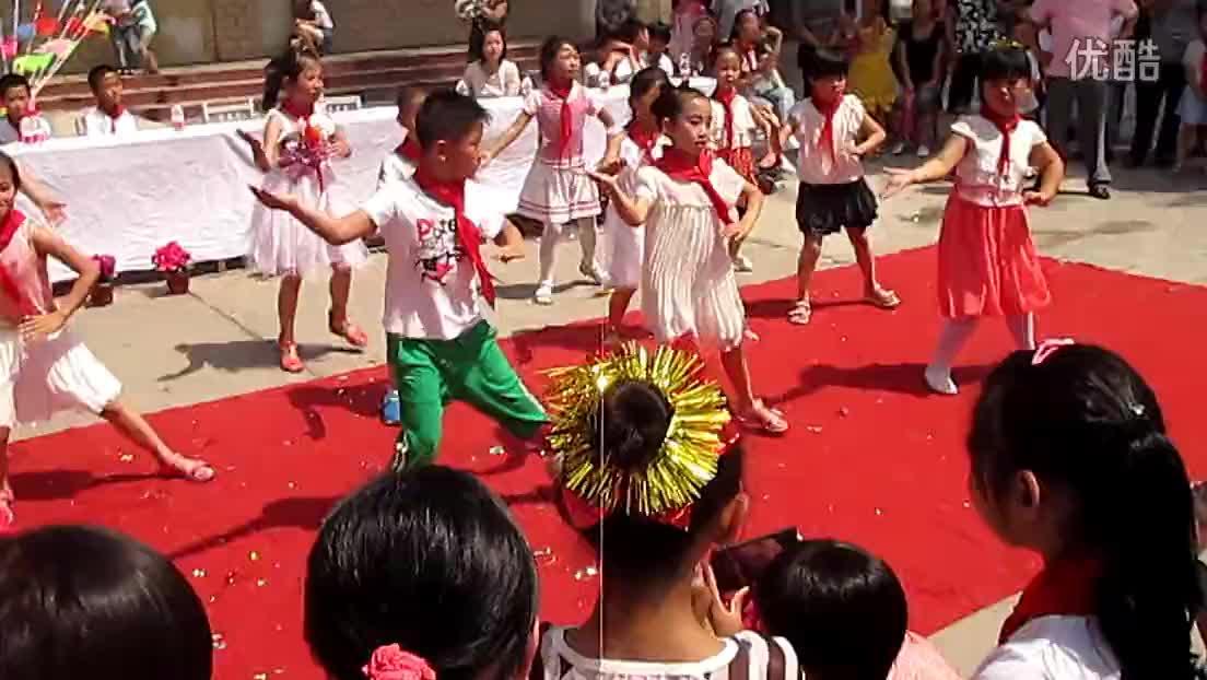 蒙圩中心小学六一儿童节视频