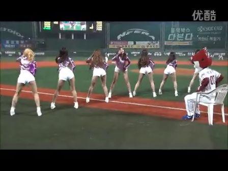 韩国组合美女AOA啦啦队助阵 - Get Out