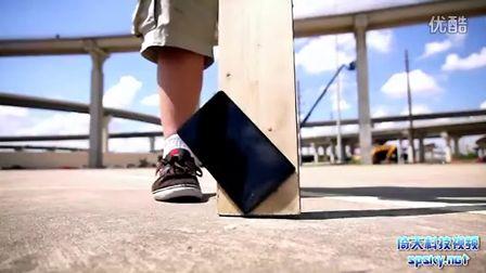 耐摔不?第二代Nexus 7多角度跌落测试