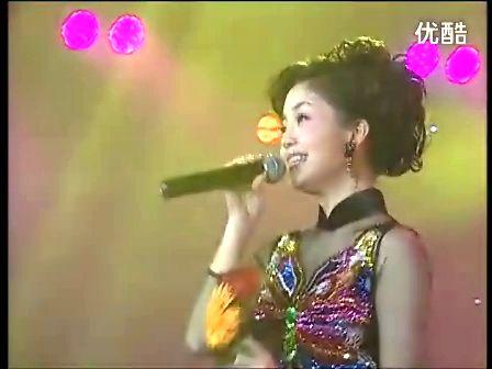 桐瑶:邓丽君经典金曲实录演唱会D