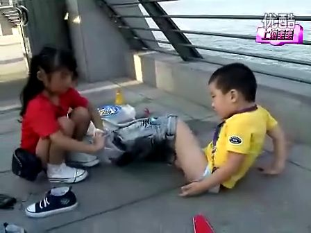 女生尿裤子 C 搜库