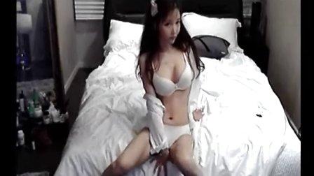 小美女热舞自拍 C 搜库
