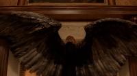 地獄神探找到大天使加百列直言想進入天堂, 遭到天使長冷言嘲諷