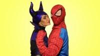 沉睡女巫趁蜘蛛俠睡覺把他變成了玩具 搞笑蜘蛛俠來了第二季