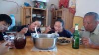 老鴨燉什么最好最營養 老人滋補湯清燉鴨湯美食吃播視頻