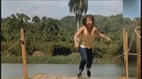 小女孩在水邊玩遭遇食人鱷魚, 大人營救小女孩全被鱷魚吃掉, 好血腥