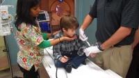 小男孩被麻醉瞬間。。強力藥物麻醉
