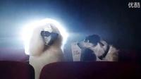 一户人家的狗狗相亲活动认识了一只白富美贵宾